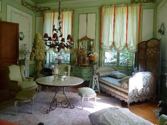 Chateau de la Verrerie: salon