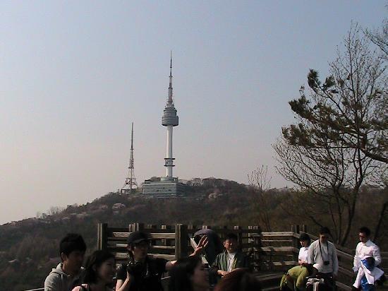 โรงแรมแกรนด์ ไฮแอท: dall'hotel panoramaa sulla torre di seoul