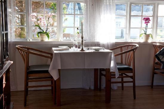 Strandgaarden Badehotel Restaurant: Romantic Restaurant