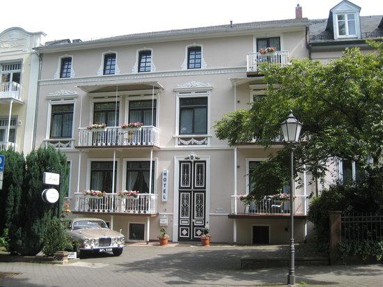 Hotel Villa Kisseleff: Frontalansicht