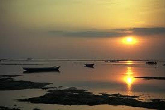 Lembongan Bungalows: Best sunset