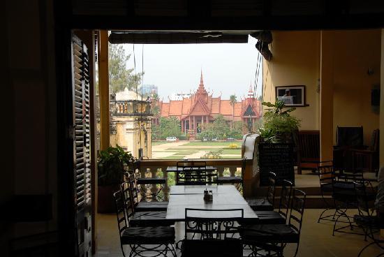 FCC Phnom Penh : Restaurant 1