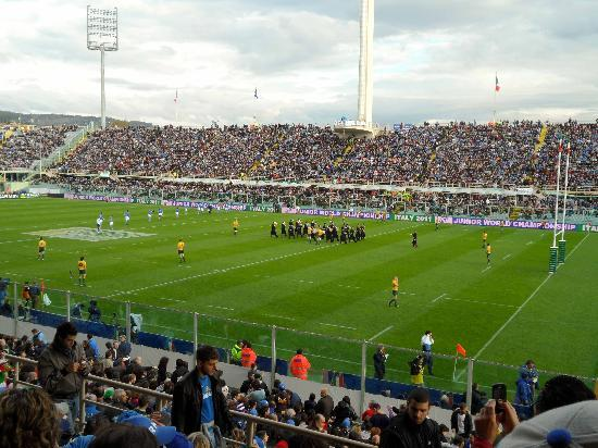 Stadio Artemio Franchi: Players ready, marching band... March Faster!!!