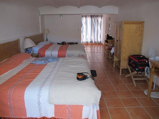 Casa Zuniga B&B: very spacious bedroom and great views