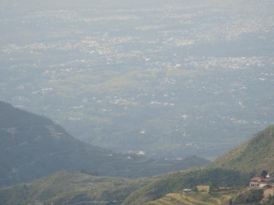 Hotel Silver Rock: Doon Valley as seen from Hotel
