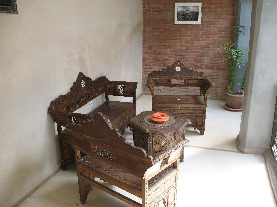 Riad Alamir: Sala de estar en la galería