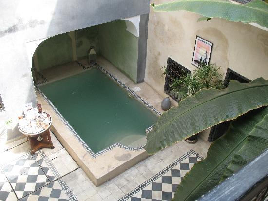 Riad Alamir: Patio