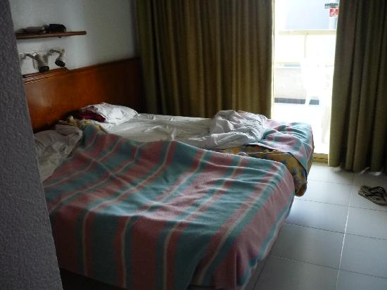 Maria Victoria Apartments: habitacion