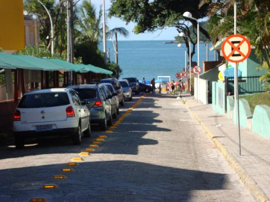 Bombinhas Hotel: a metros de la playa
