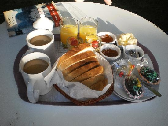 Cerro Del Valle Hotel Rustico: Desayuno de Pascuas