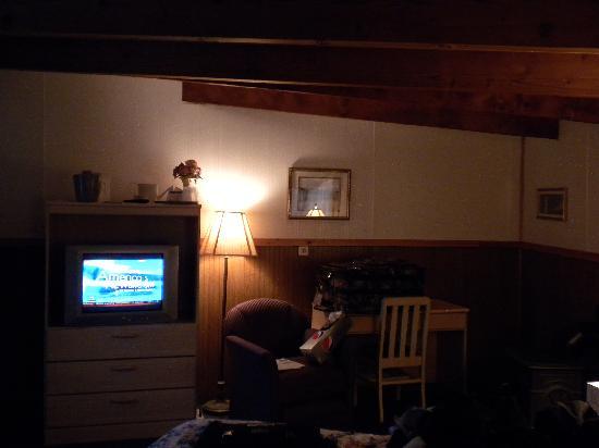 "Twilite Motel: ""Romantic"" lighting"