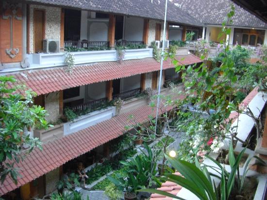 Bali Summer Hotel: これも上と同じです。