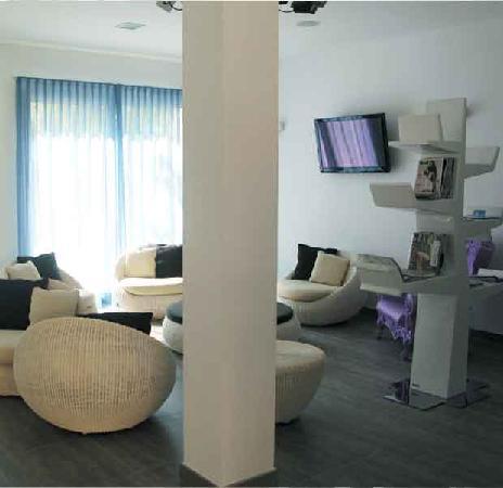 MAREE HOTEL: sala relax