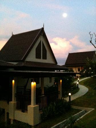 Baan KanTiang See Villa Resort (2 bedroom villas) : Front porch of our villa