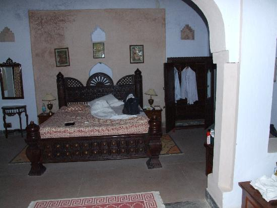 Dadhikar Fort: Our room
