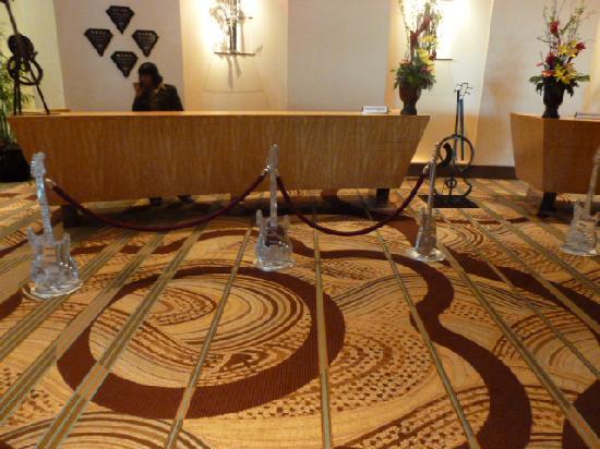 Seminole Hard Rock Hotel Tampa: Check In..