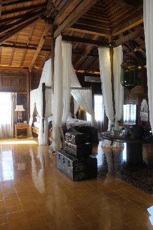 Adarapura Resort & Spa: J3 - Bed