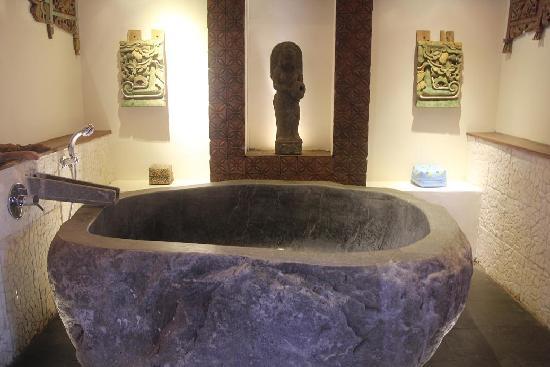 Jadul Village Resort & Spa: J3 - Bathtub