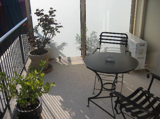 Adrian Hotel: Balcony