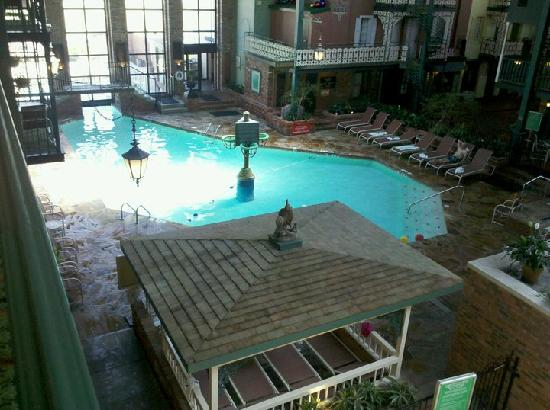 Holiday Inn Perrysburg - French Quarter: Family pool area