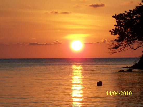 Sunset Coral Bay