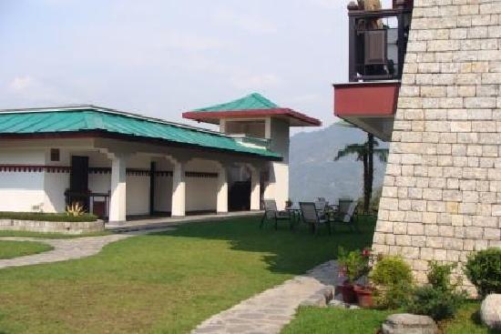 WelcomHeritage Denzong Regency: Regency Suite - Nice and cosy