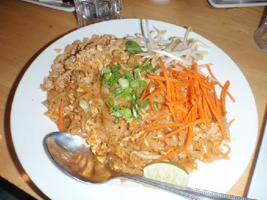 Amazing Thai Patio  Pad Thai