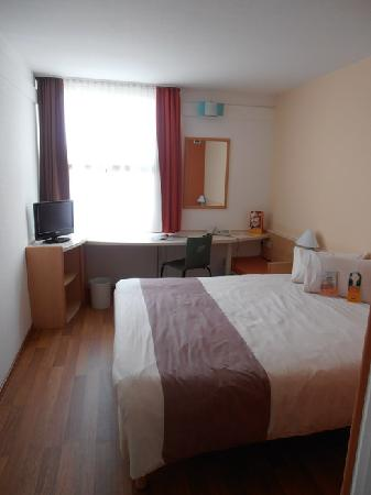 Ibis Muenchen City Nord: our room