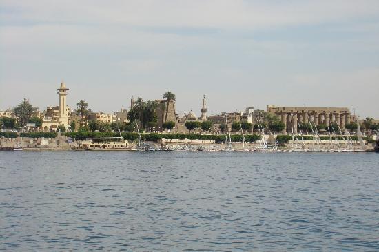 Emilio Hotel: Zentral neben dem Luxor-Tempel