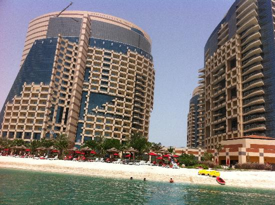 Hilton Abu Dhabi Hotel Reviews
