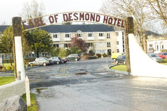 The Earl of Desmond Hotel: The Hotel