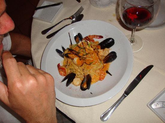 L'Artisanal: Pasta With Seafood