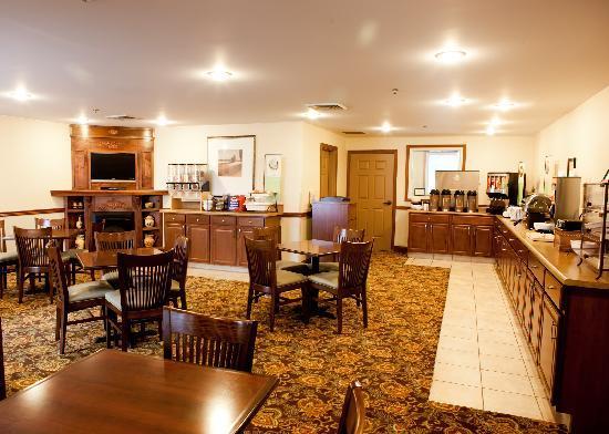 Country Inn & Suites By Carlson, Georgetown: Break Fast Area