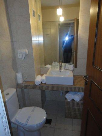 Palace Hotel Bomo Club: salle de bain