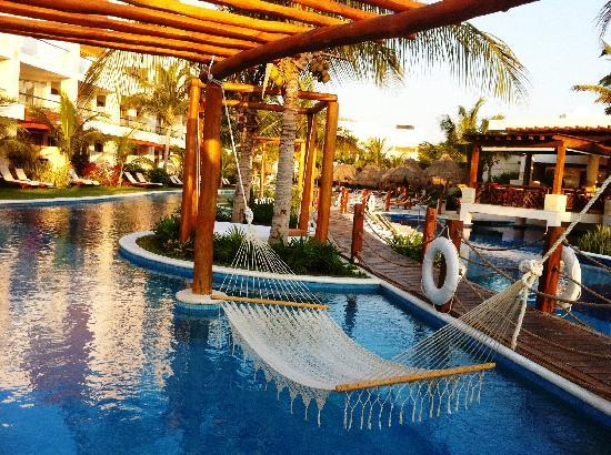 Excellence Playa Mujeres: Another pool