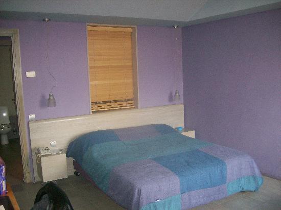 Hotel Des Arts Suites & Spa: Chambre