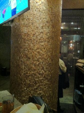 La Moresca: columna con corchos