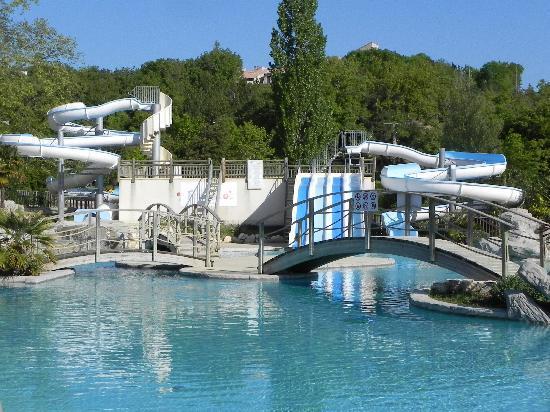 Domaine d'Imbours : les piscines