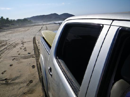 Casa Manzanillo: Drive to surf spot with Adrian
