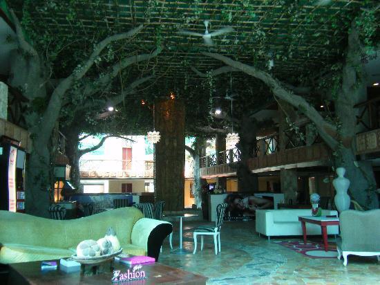 "Mayafair Design Hotel: ""Lobby"" Area"