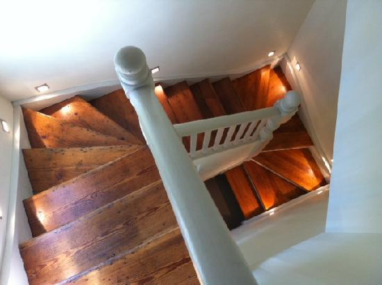Two Four Two Boutique Apartments: Funky Staircase