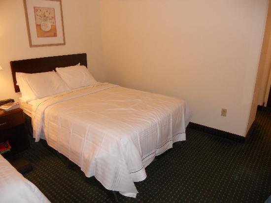 Chambersburg, PA: Full beds