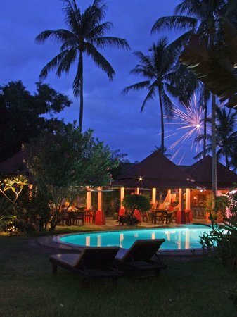 Marco Polo Resort & Restaurant: Night Time