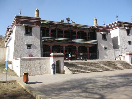 Wudang Zhao Monastery: 1