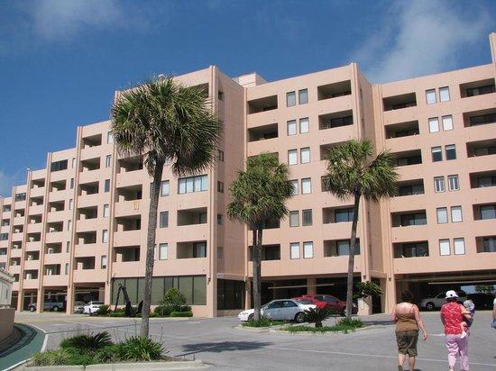 جيتي إيست باي هوليداي آيل: Jetty East Condominiums