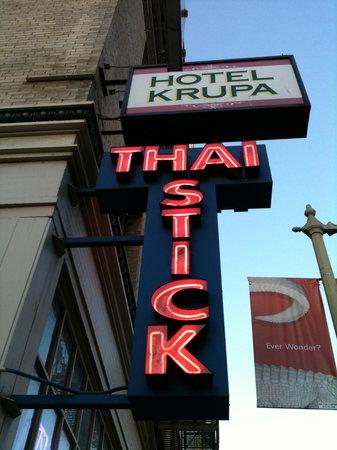 Thai Stick Restaurant: sign