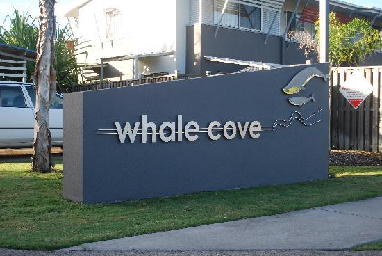 Whalecove Resort: entry