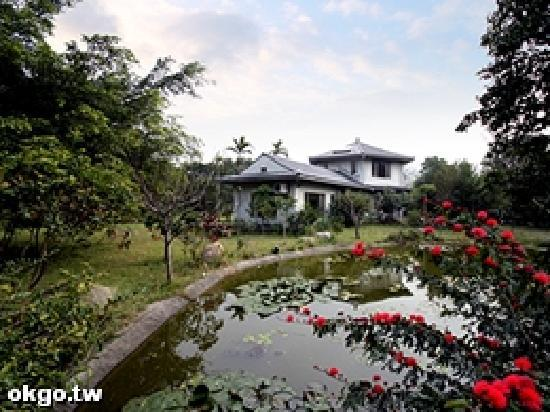 Taiwan Thumb-up B&B: Taiwanthumbup1