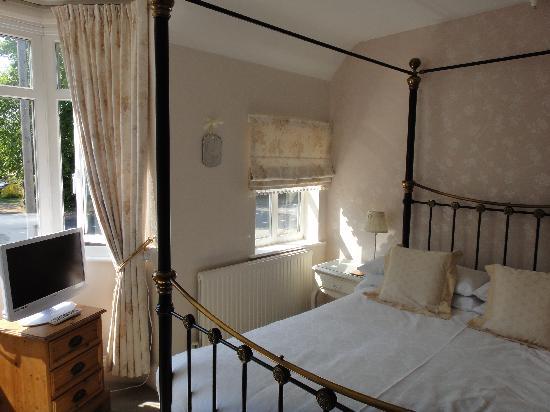 Curtain Call: our room - so cute!