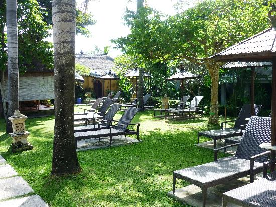Bali Dynasty Resort Hotel: Adults only pool area